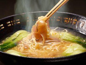 (画像は丸光製麺イチ押し、「宮城ものづくり大賞・優秀賞」を受賞した「気仙沼・海鮮ふかひれラーメン」です。)